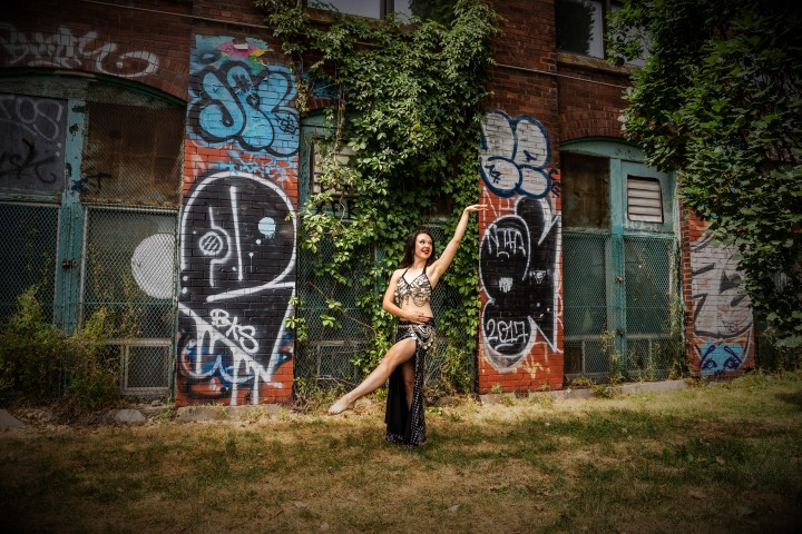 Siobhan of Greenstone Belly Dance offers exquisite belly dance performances & engaging dance classes across Holland.